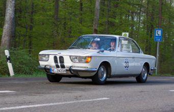 Gammel kærlighed ruster ikke - BMW 2000 er stadig fræk og bedårende